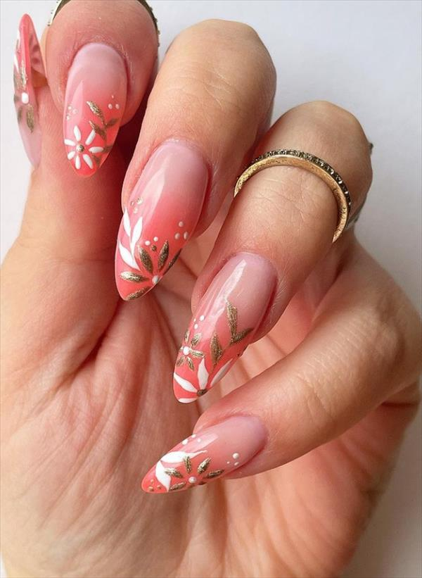 almond nails with flower