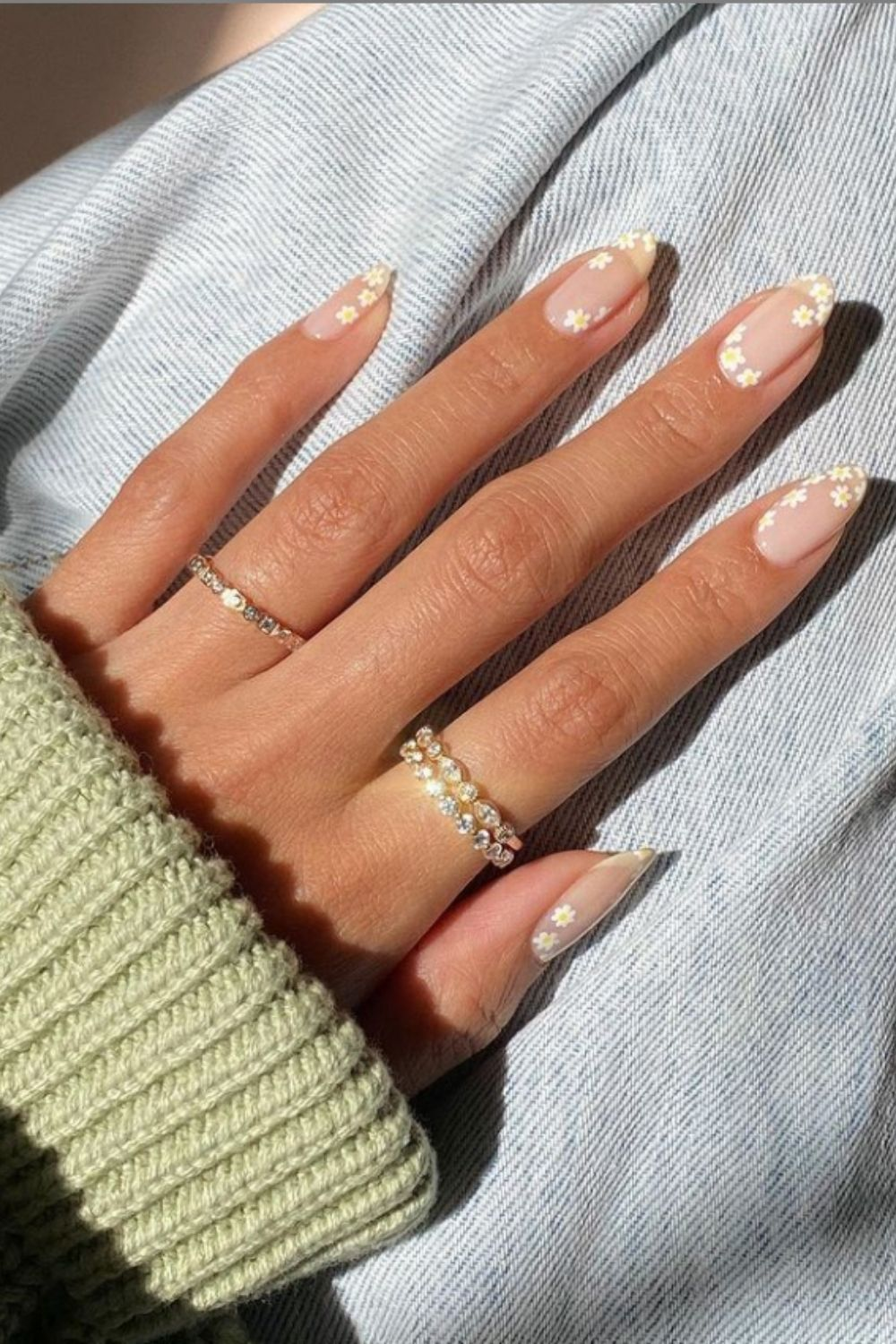 Natural Almond Nails For Your Must-Try List In 2021!