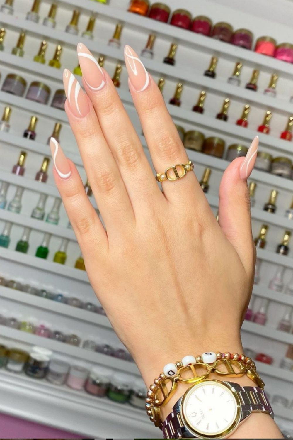 Nude acrylic nails for your summer holiday 2021