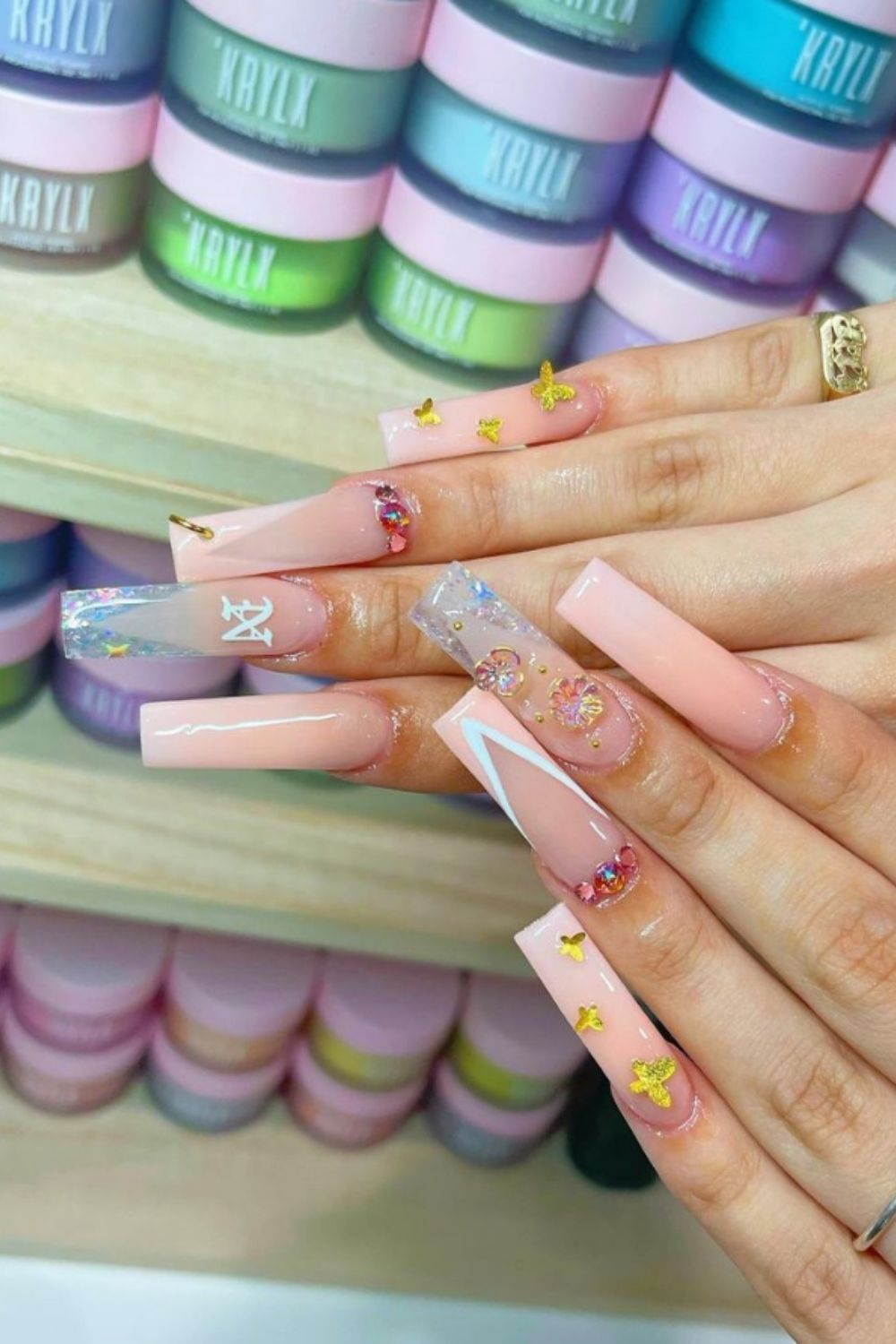 35 Best ombrecoffinnails to inspire your summer nail designs 2021