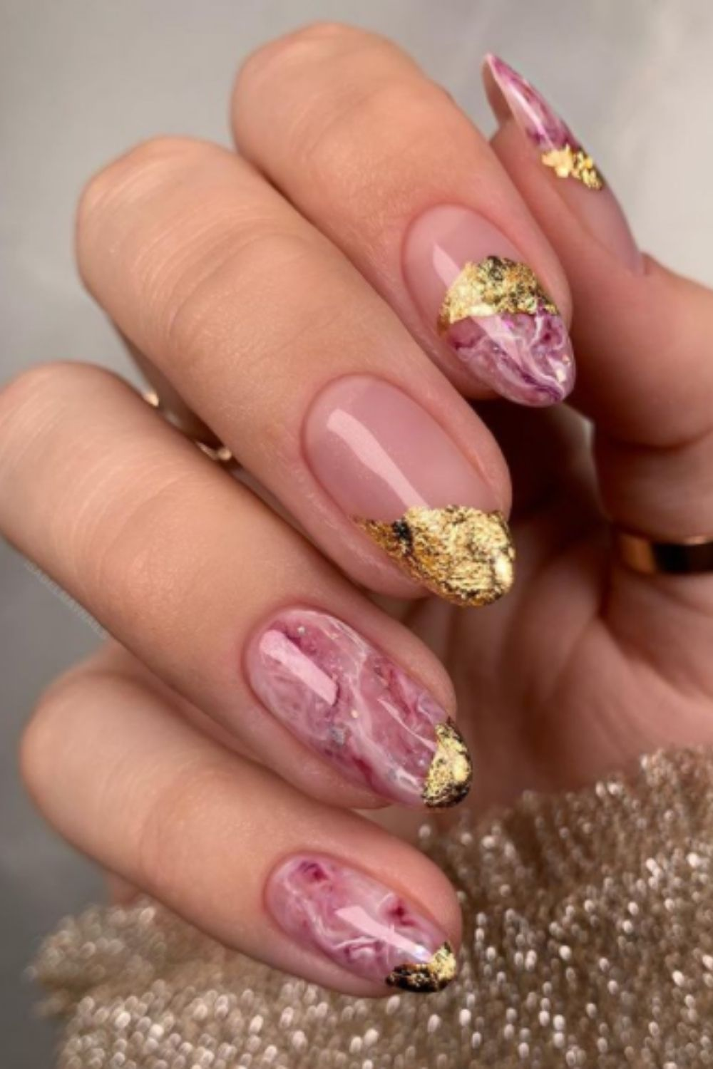 What are homecoming nail designs?