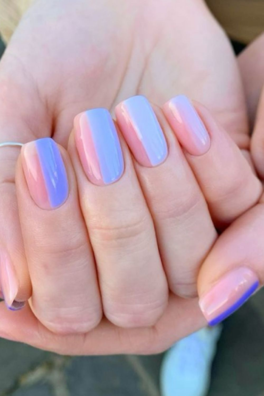 What is short blue nail design?